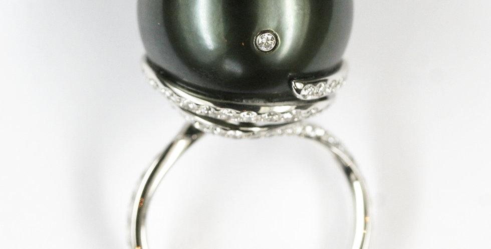 Damenring 750/ Weissgold, 1 Tahiti Zuchtperle 17,3 mm grün-grau 73 Dia. 0.89 ct.