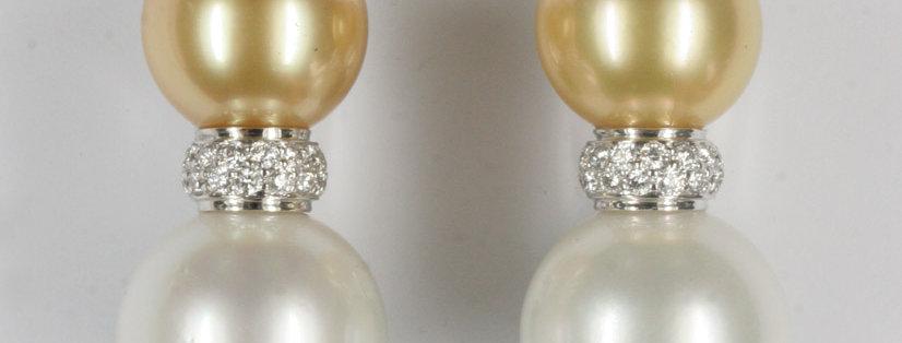 """Ohrclips, """"Toi et Moi"""" / 750 Weissgold, 4 Südseezuchtperlen , 46 Diamanten 0.45"""