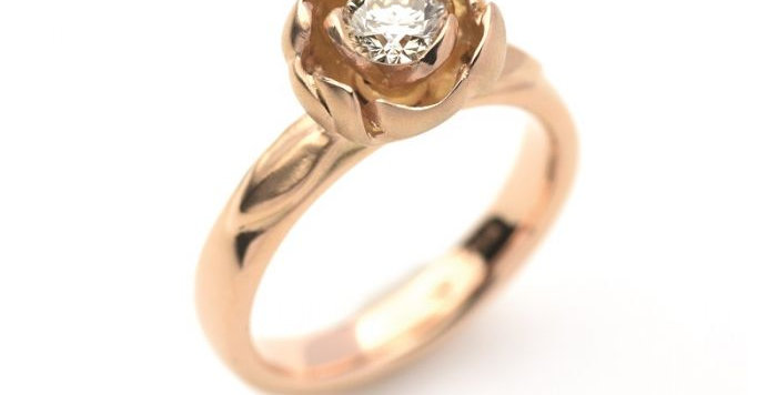 Ring ROSE GARDEN Rotgold mit Brillant 0,45 ct