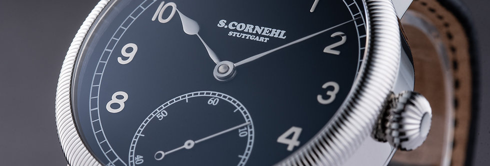 Cornehl Classic Black gerändelte Lünette , Zwiebelkrone