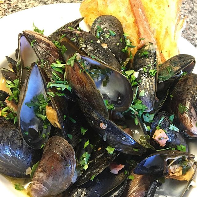 Mussels done the right way. _The recipe will be up along with tips on a few of my other favorite thi