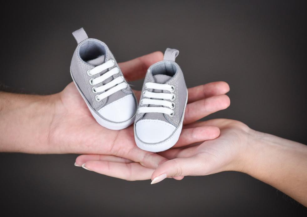 Photos de nouveau-né, bébé, naissance à Clermont ferrand, Riom, Cournon d'auvergne et alentours