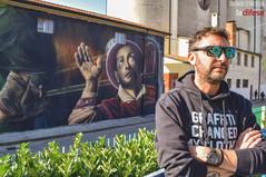 """Sospeso tra scienza e fede, il murale che """"illumina"""" l'Arcella e riscopre un enorme spirito di partecipazione"""