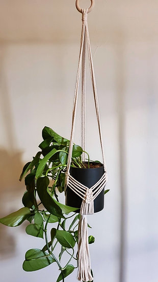 Customizable Macramé Plant Pot Hanger