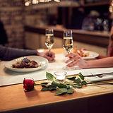 romantic-dinner-e1547073766431_edited.jp