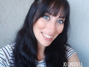 Guest post by Jo Linsdell, book blogger and reviewer.