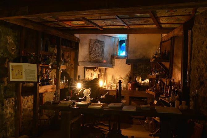 6 avril - le cabinet d'alchimie