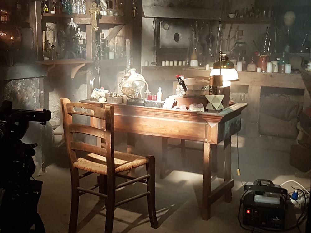 Le Cabinet de l'alchimiste revu par l'équipe