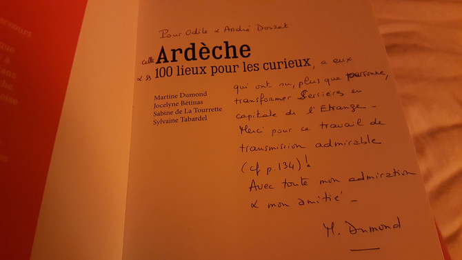 Ardèche, 100 lieux pour les curieux