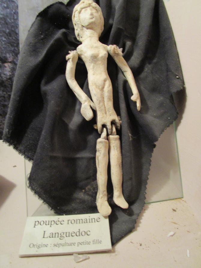 24 mars - la poupée romaine
