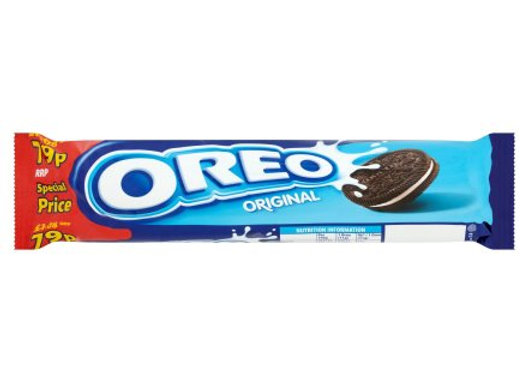 Oreo Strawberry Cheesecake Sandwich Biscuits Roll Pack 154g