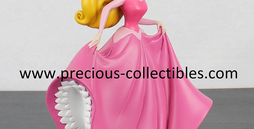 Sleeping Beauty;Statue;Walt Disney;Sculpture;For Sale;Product;Princess;Polyresin;Rutten;Fingengdi;Rare;Collectible;Store