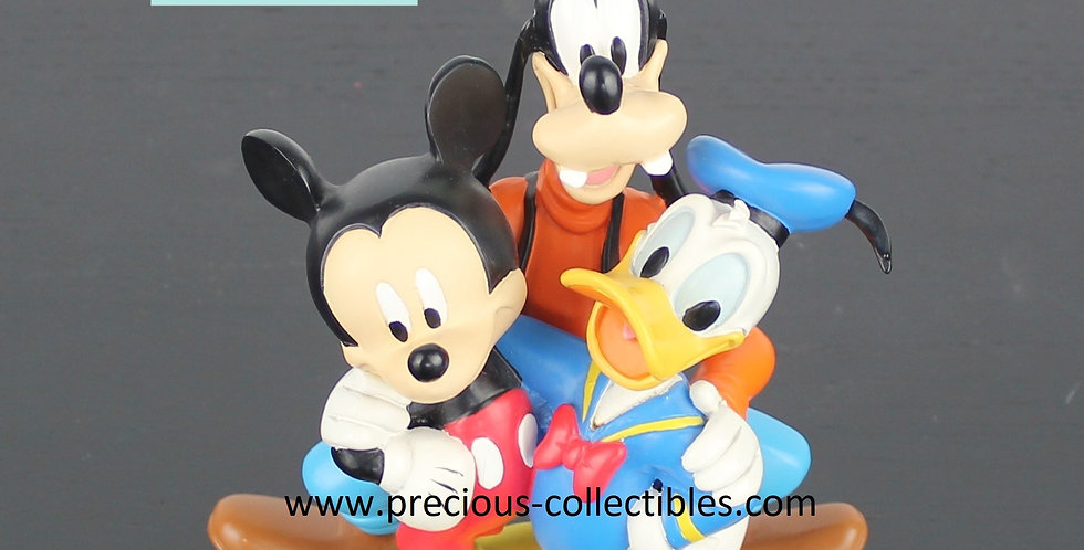 Donald Duck;Goofy;Mickey Mouse;Friendship;Walt Disney;Hugging;Sculpture;Statue;Figurine;Collectible;Shop;Store;Product;Gift;