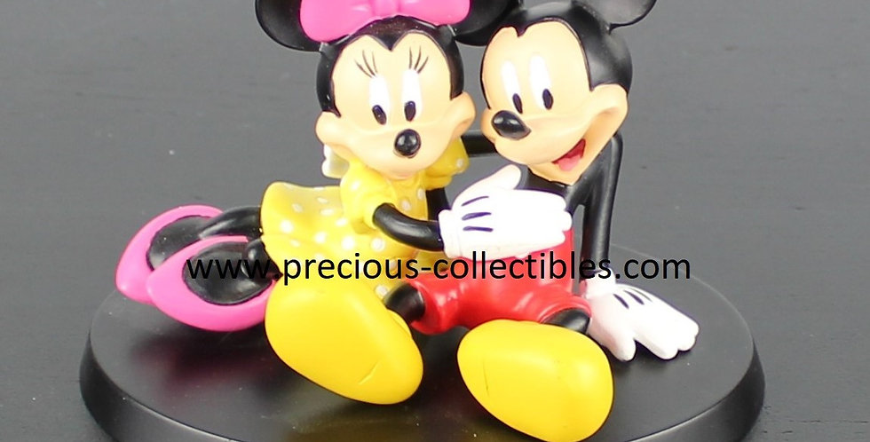 Mickey Mouse;Minnie Mouse;In love;Hugging;Sculpture;Statue;Figurine;Walt Disney;Rutte;Rutten;Fingendi;Peter Mook;Collectible;