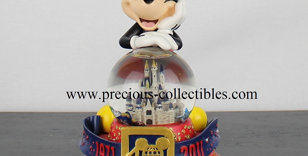 Mickey Mouse 40 years of magic snowglobe walt disney world 1971 2011 walt disney product for sale webshop vintage collectible