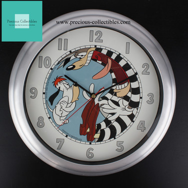 Droopy and Wolf clock