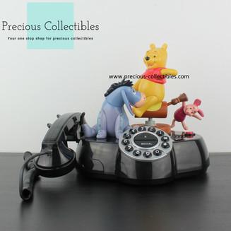 Winnie the Pooh, Piglet and Eeyore animated phone