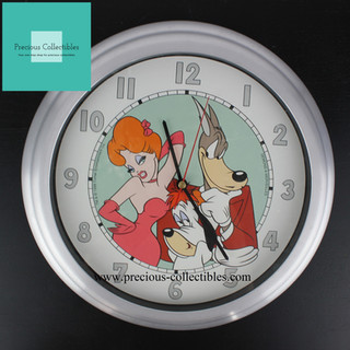 Wolf, Droopy and Red clock
