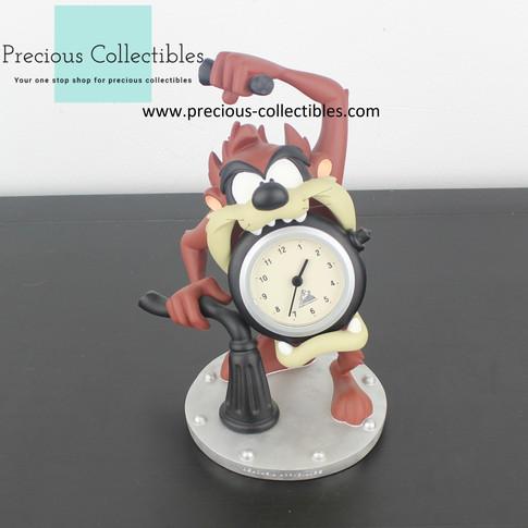 Tasmanian Devil clock