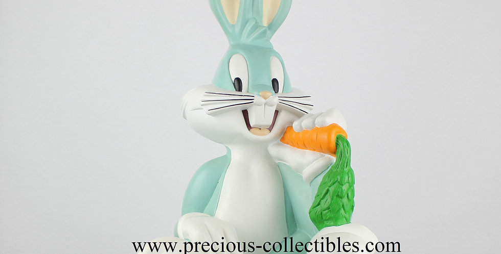Bugs Bunny eating a carrot big figurine sculpture warner bros looney tunes 1995 polyester extremely rare collectible