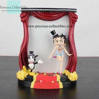 Betty Boop sculptured picture frame