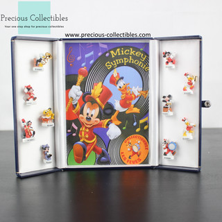 Mickey Mouse, Minnie Mouse, Pluto, Goofy and Donald Duck figurines