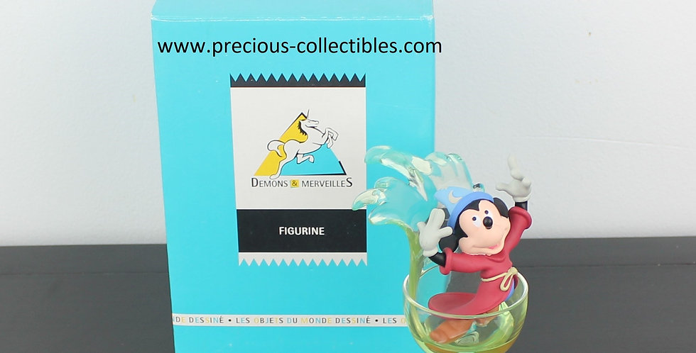 Mickey Mouse;sorcerer's apprentice;fantasia;statue;walt disney;demons merveilles;store;product;for sale;shop;shot glass;magic