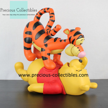 Winnie the Pooh and Tigger statue