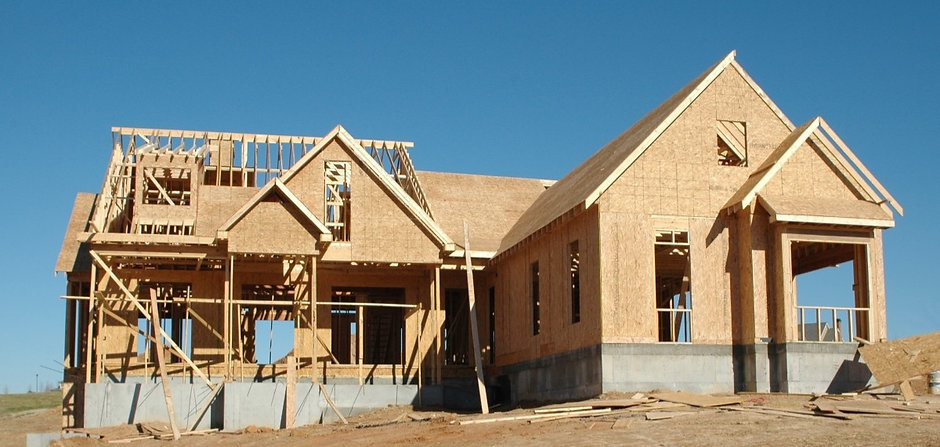 industry_construction_build_wood_frame_outdoors_building_industrial_work-560395_edited.jpg