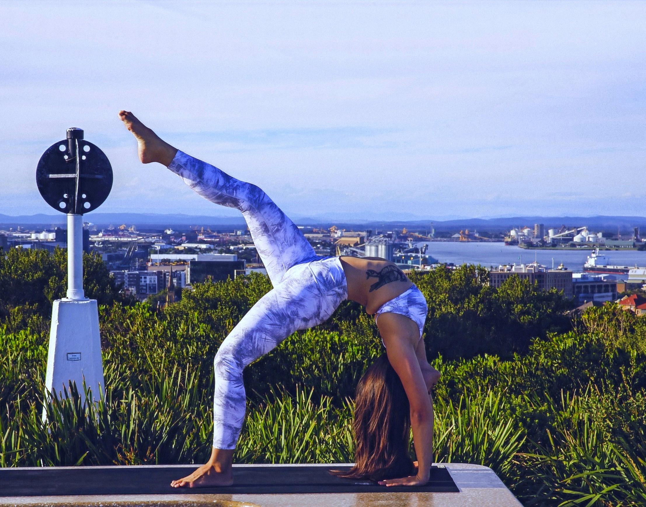 CHYRON Private Yoga