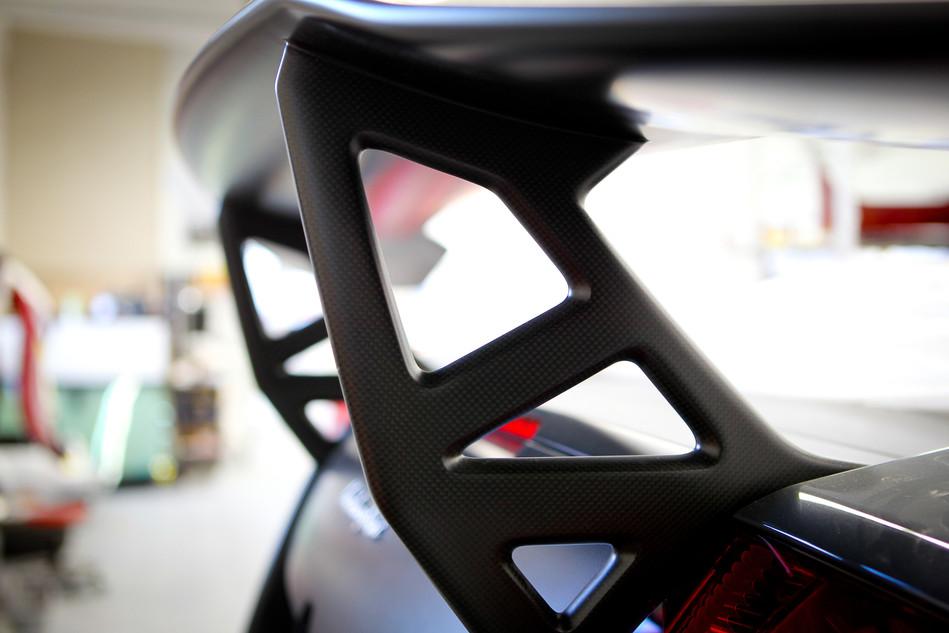 Lamborghini Wing Support Detail