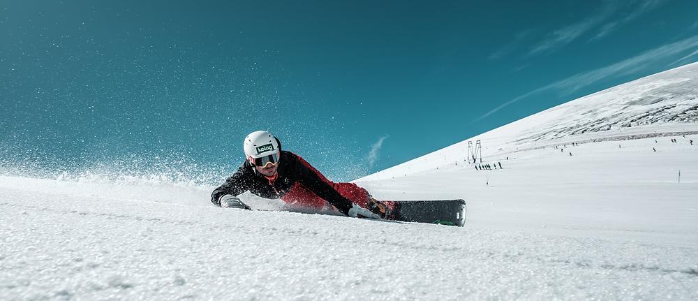 Alpin Snowboard Technik, präsentiert von Alexander Payer