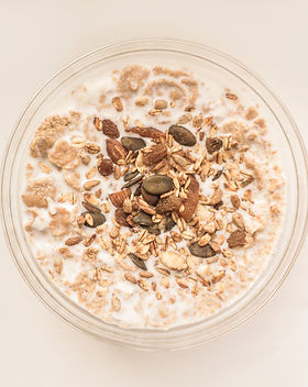 Oatmeal%20with%20Nuts_edited.jpg