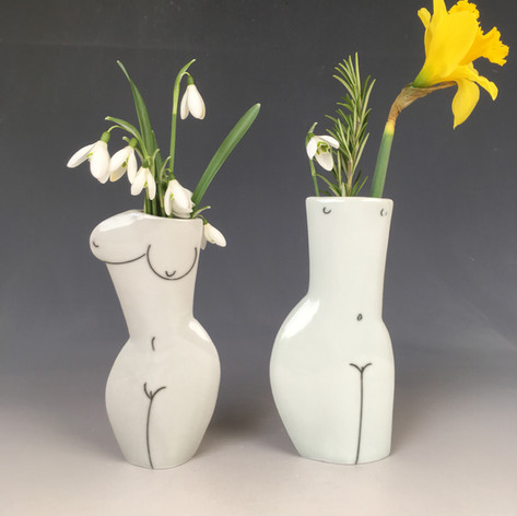 Fired porcelain pieces