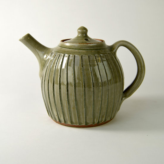 2-pint fluted teapot by John Jelfs