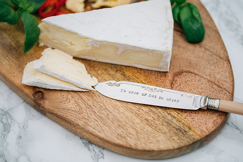 'To brie or not to brie?' Cheese Knife