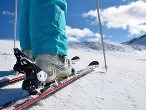 Common Injuries for Skiers and Snowboarders (and How to Avoid Them)