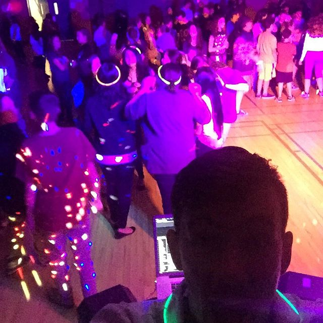 Dance at MSB today! #profjamzmsb #professorjamz #danceathon #justinbieber #glowinthedark
