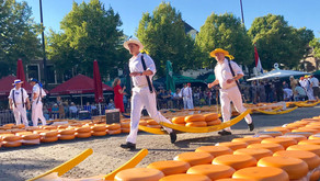 Visit the Tuesday Evening Alkmaar Cheese Market and Beat the Crowds!