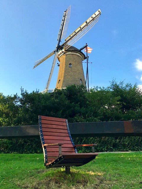 Check out this cool chair by the stunning Molen van Piet