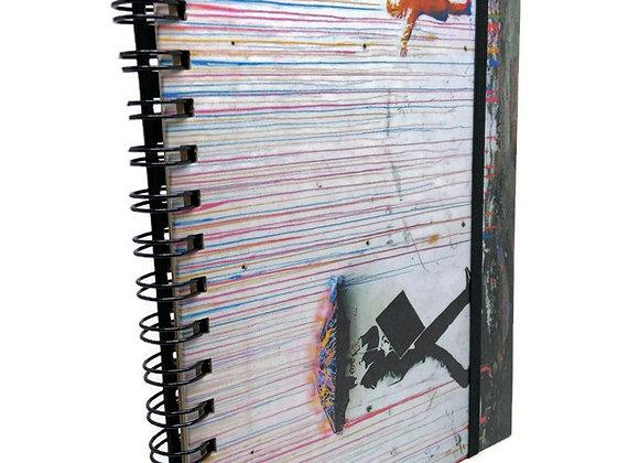 Caderno Banksy Chuva Colorida