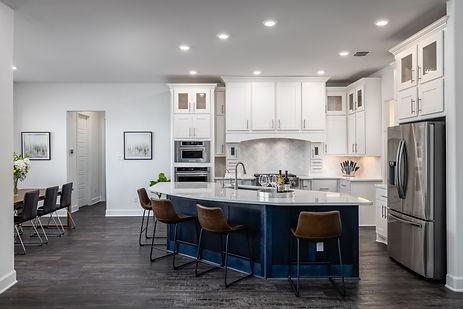 Brollagio Crash Pad Designer Kitchen, Quartz, high end gas range and appliances