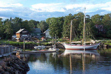Schooner Ardelle in Essex, Massachusetts. Photo: Jay Havighurst