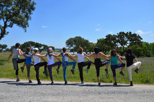 Mude o Mundo, Comece por si!         Alentejo Yoga Retreat - A Moment to Be