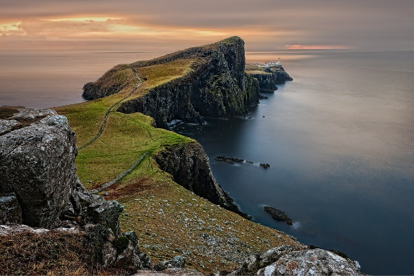Neist Point and lighthouse - Isle of Skye. Image by Frank Winkler from Pixabay
