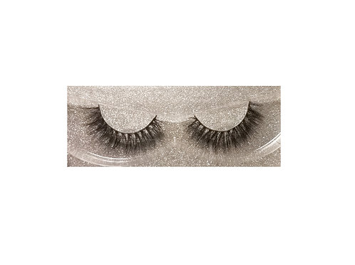 """Tamed"" Faux Mink Lashes"