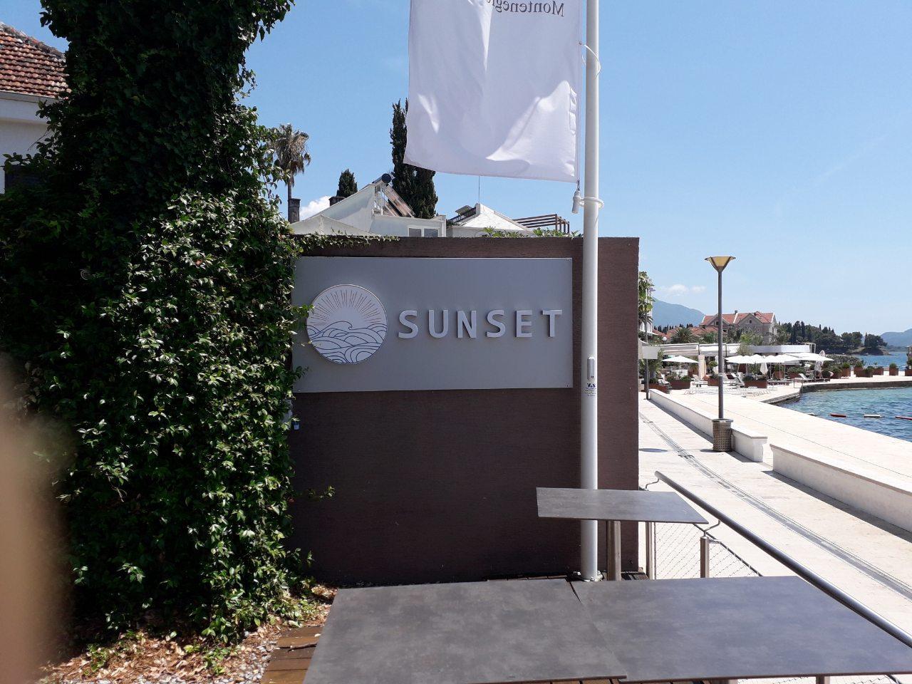 sunset reklama lena design podgorica kot