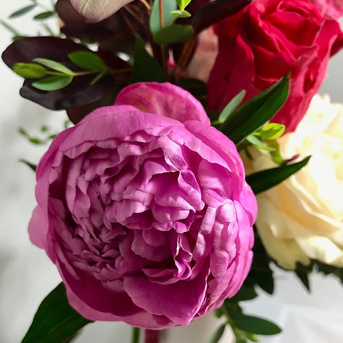 Subscription Flowers - A touch of Luxury