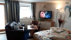 Schlafzimmer 2, Couch u.TV