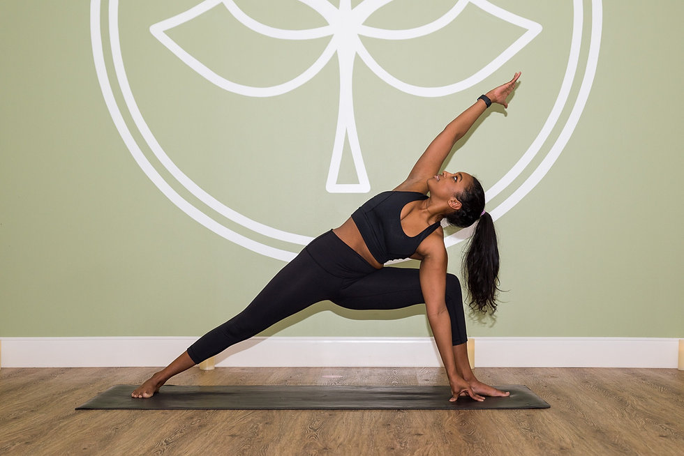highland-yoga-mo-lima-8766_edited.jpg